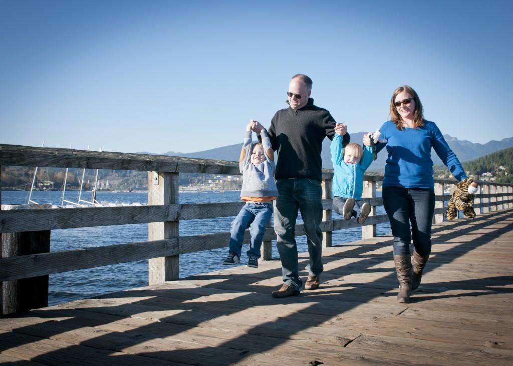 family photo pier